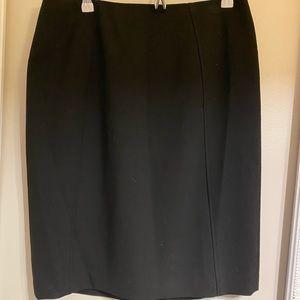 Classic halogen pencil skirt